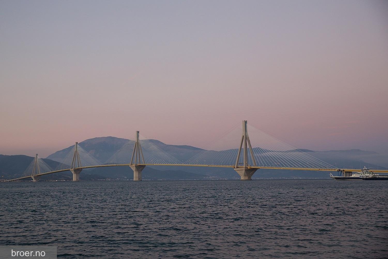 bilde av Rio–Antirrio broen