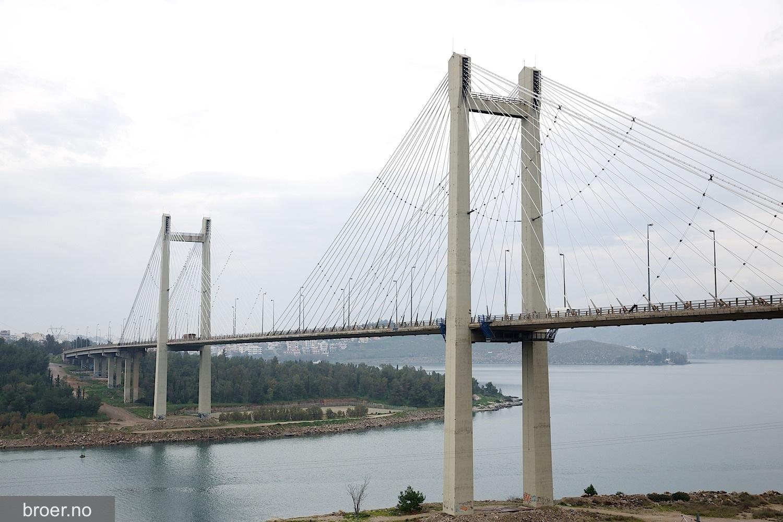 bilde av Evripos broen