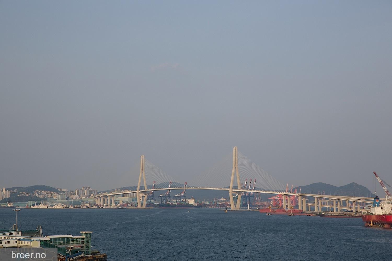 picture of Busan Harbor Bridge