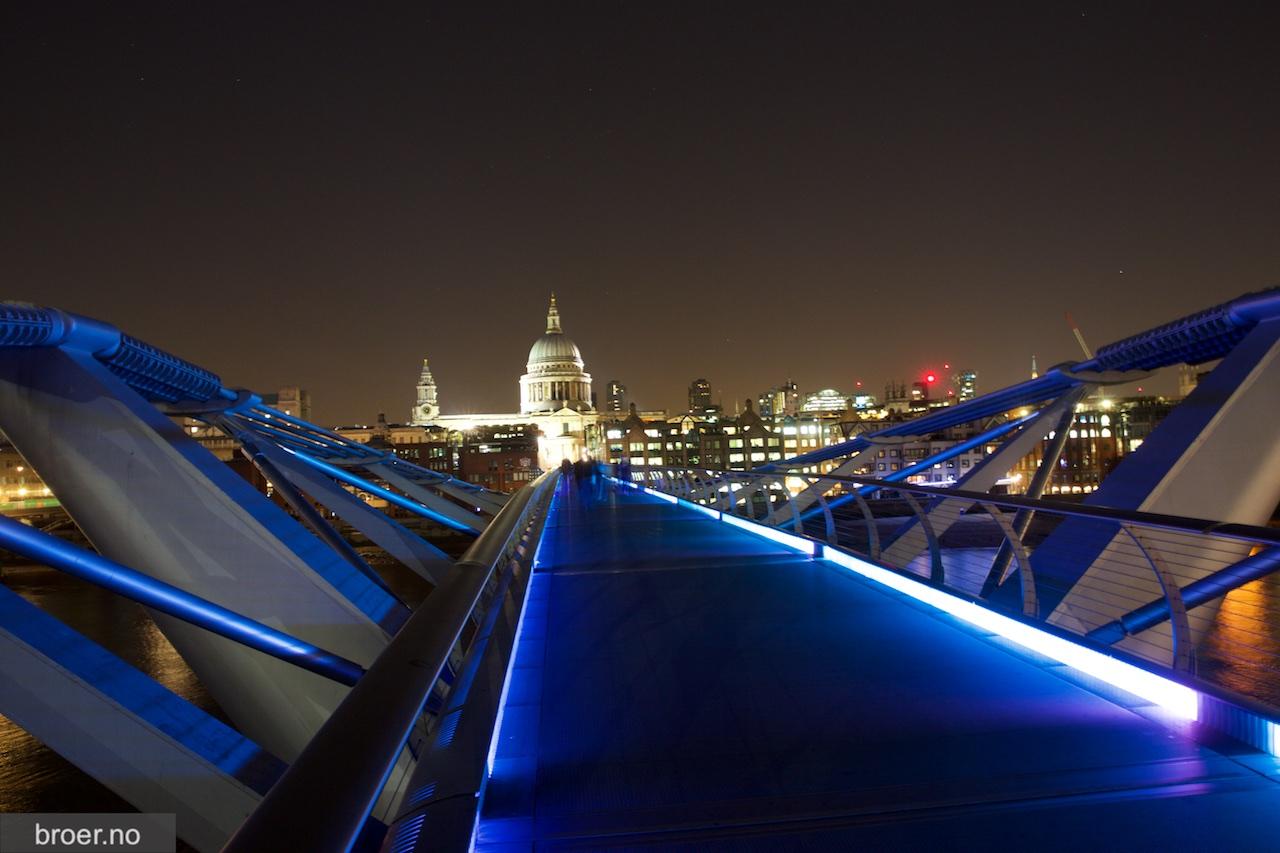 picture of London Millennium Footbridge