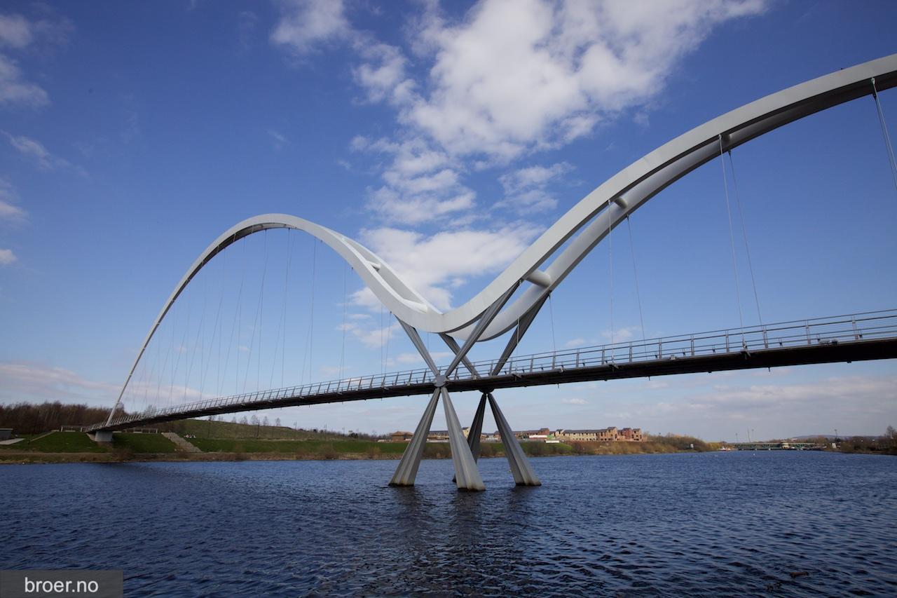 picture of Infinity Bridge