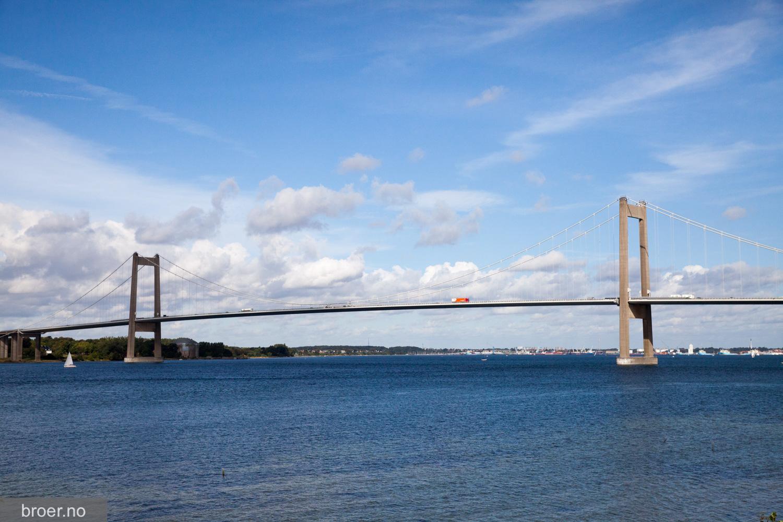 bilde av Lillebæltsbroen