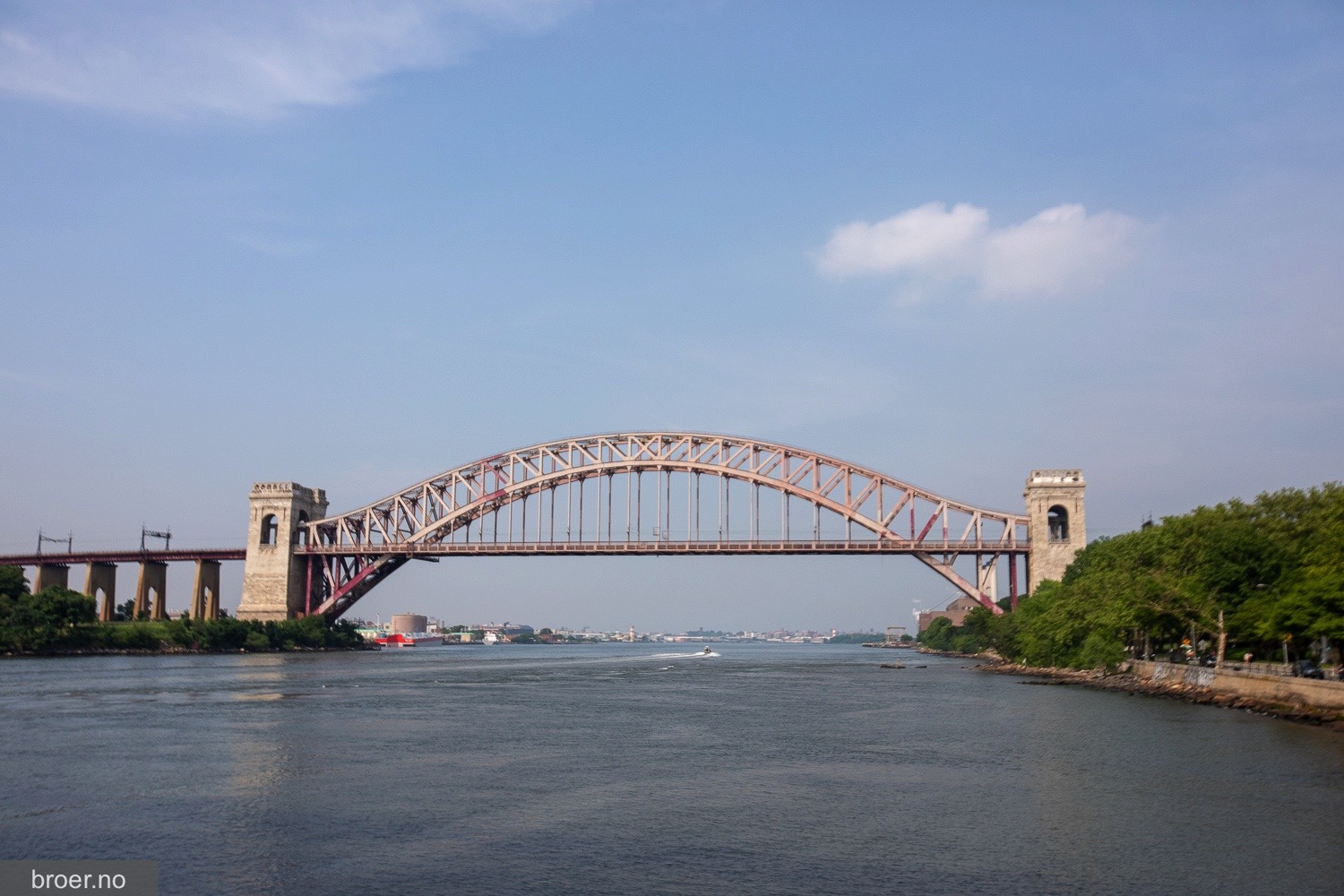 picture of Hell Gate Bridge
