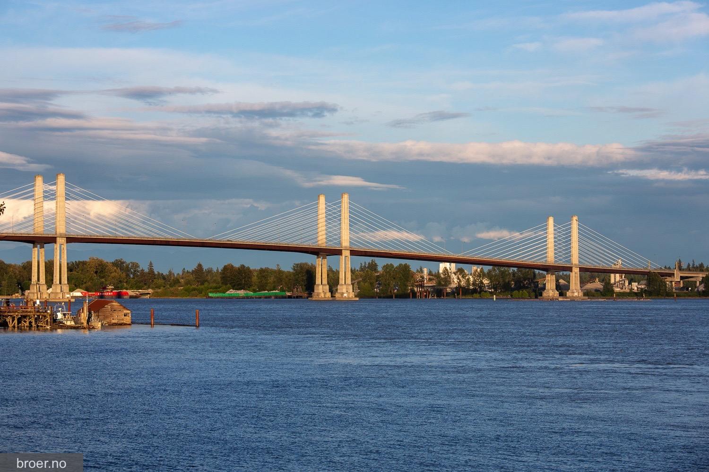 picture of Golden Ears Bridge