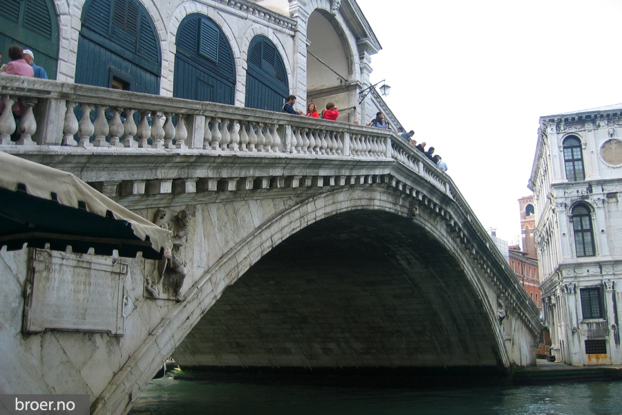 picture of Rialto bridge