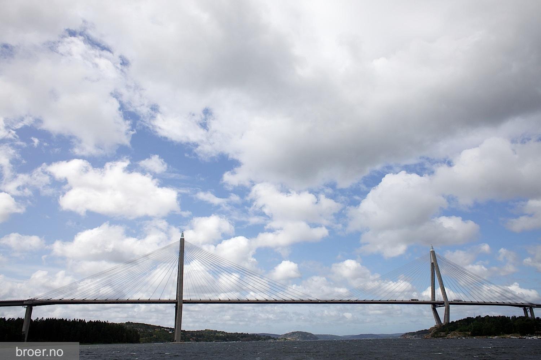picture of Uddevalla Bridge