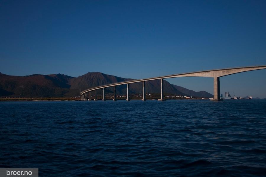 picture of Hadsel Bridge