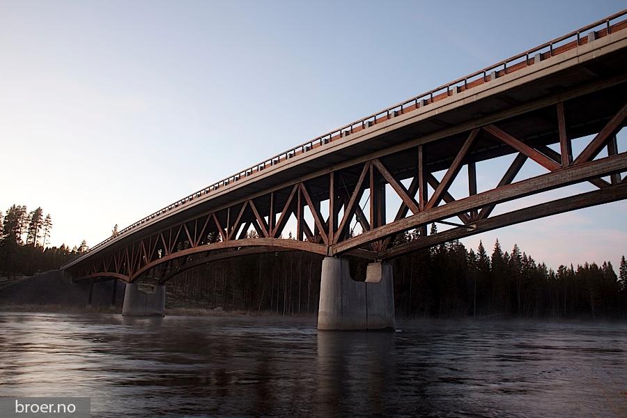 picture of Kjøllsæter Bridge