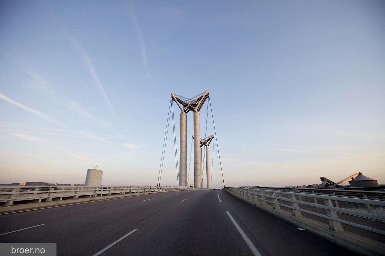 bilde av Gustave-Flaubert broen