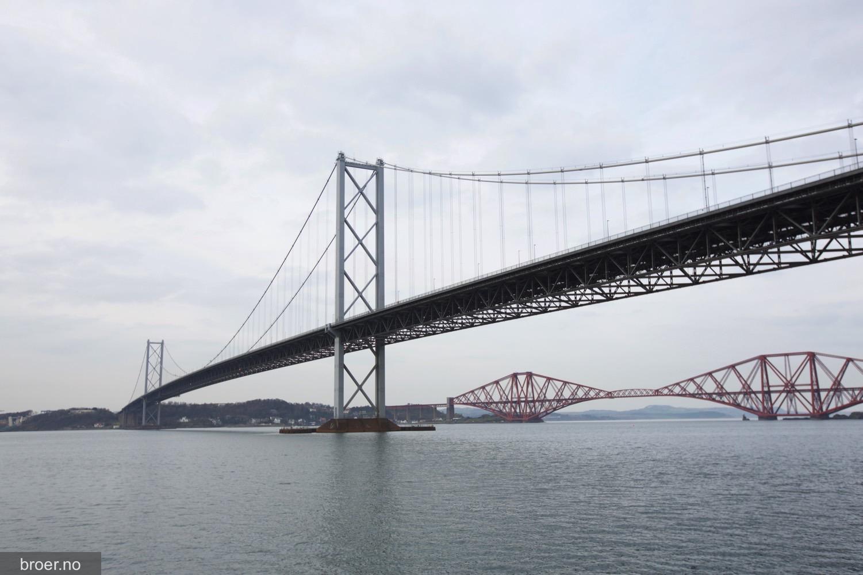 picture of Forth Road Bridge